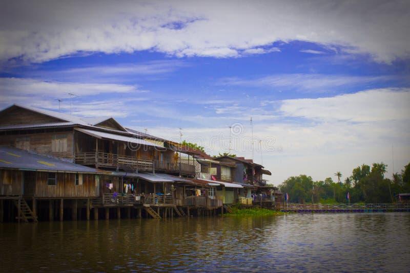 Αγορά όχθεων ποταμού στοκ φωτογραφίες