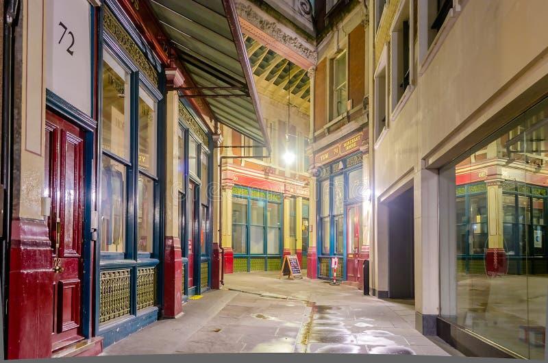 Αγορά Leadenhall τη νύχτα, Λονδίνο, στοκ εικόνες