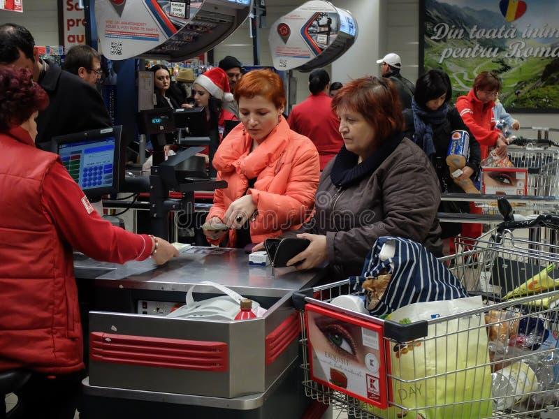 Αγορές Σαββατοκύριακου υπεραγορών στοκ εικόνες
