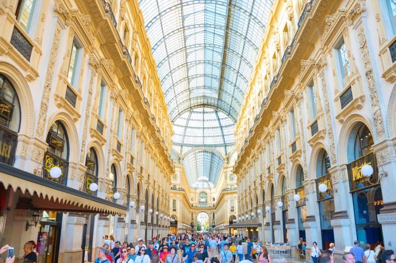 Αγορές σε Galleria Vittorio Emanuele στοκ εικόνες με δικαίωμα ελεύθερης χρήσης