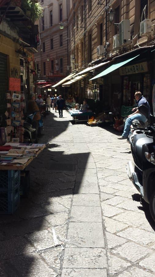 Αγορές Vuccuria στην πόλη του Παλέρμου, Σικελία, Ιταλία στοκ εικόνες