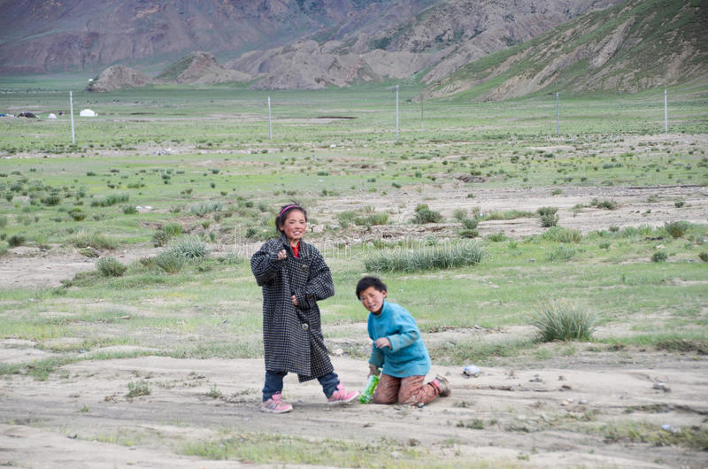 Αγροτικά παιδιά στο Θιβέτ στοκ εικόνες