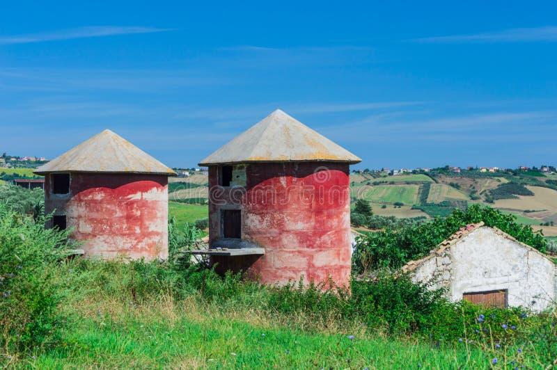 Αγροτικά σιλό στοκ εικόνες