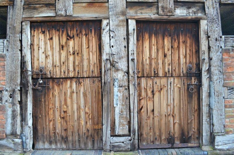 Αγροτικές πόρτες σιταποθηκών στοκ φωτογραφίες με δικαίωμα ελεύθερης χρήσης
