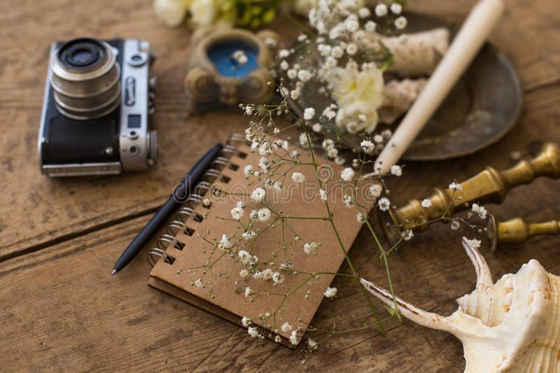 Αγροτικοί γαμήλιος προγραμματισμός και έννοια φωτογραφίας Σημειωματάριο, seashe στοκ φωτογραφίες με δικαίωμα ελεύθερης χρήσης