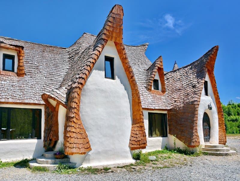 Αγροτικό σπίτι αργίλου στοκ φωτογραφία με δικαίωμα ελεύθερης χρήσης