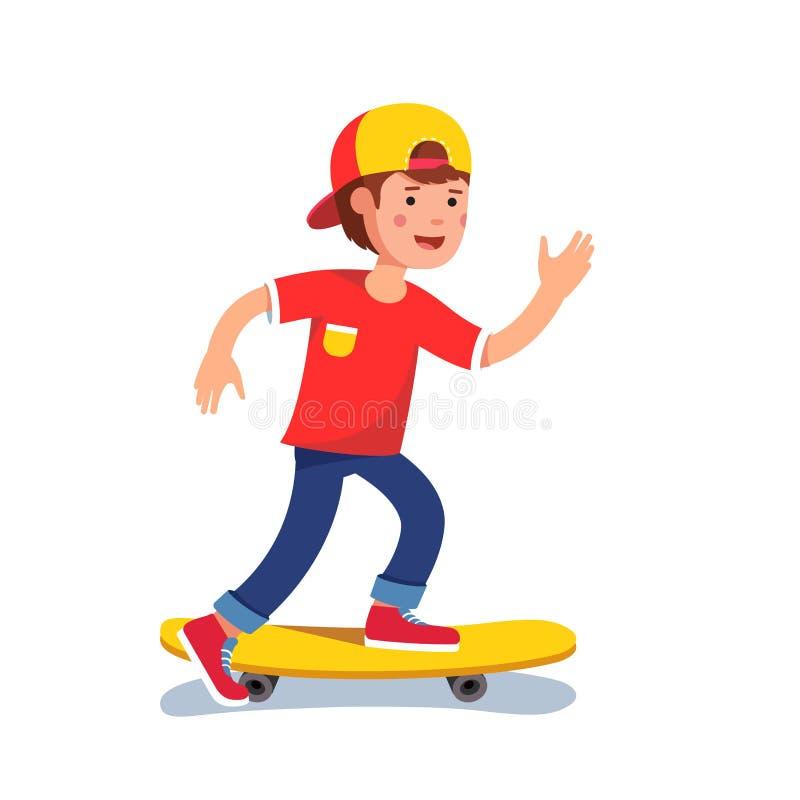 Αγόρι εφήβων στο καπέλο του μπέιζμπολ που οδηγά skateboard ελεύθερη απεικόνιση δικαιώματος