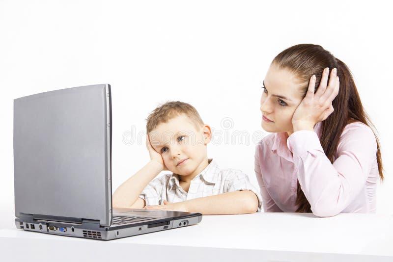 Αγόρι και lap-top στοκ εικόνες