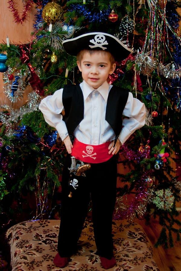 αγόρι λίγο κοστούμι πειρ&alp στοκ εικόνες με δικαίωμα ελεύθερης χρήσης