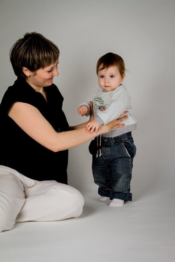 Αγόρι με Mom στοκ εικόνες με δικαίωμα ελεύθερης χρήσης
