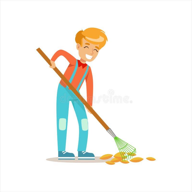 Αγόρι που μαζεύει με τη τσουγκράνα τα πεσμένα φύλλα φθινοπώρου που βοηθούν στο φιλικό προς το περιβάλλον να καλλιεργήσει υπαίθρια ελεύθερη απεικόνιση δικαιώματος