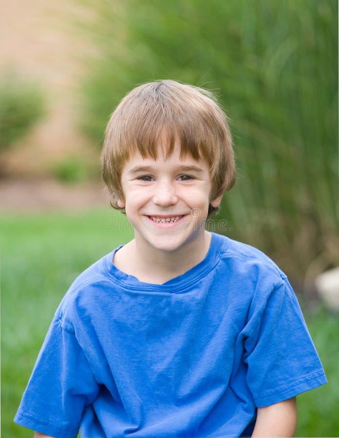 αγόρι χαριτωμένο λίγο χαμό&gamma στοκ εικόνα με δικαίωμα ελεύθερης χρήσης