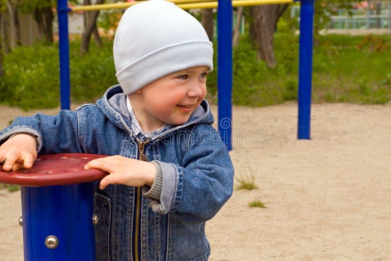 αγόρι χαρούμενο στοκ φωτογραφίες με δικαίωμα ελεύθερης χρήσης