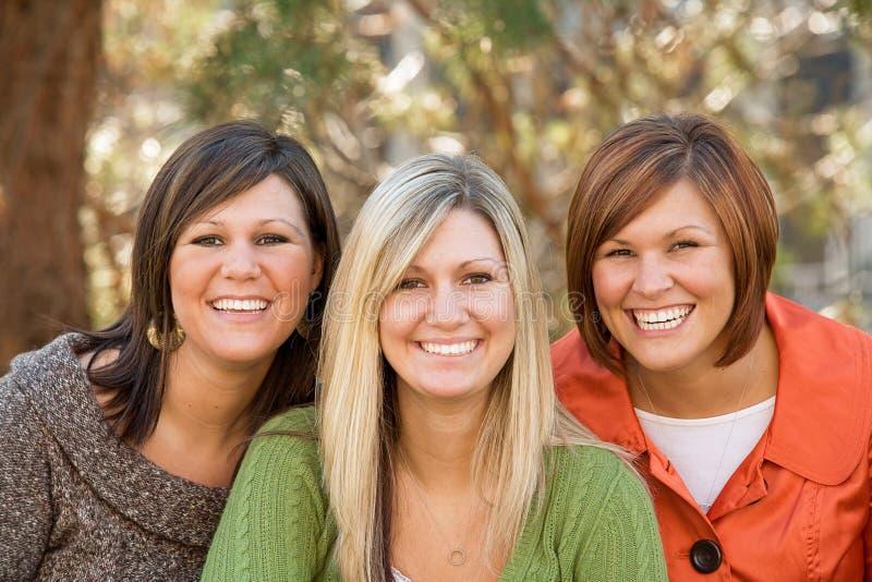 αδελφές τρία στοκ εικόνα με δικαίωμα ελεύθερης χρήσης