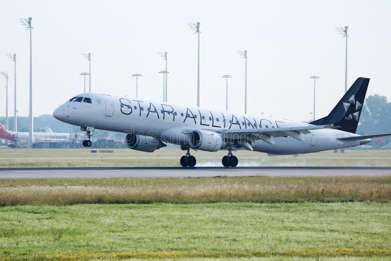 Αεριωθούμενη απογείωση συμμαχίας αστεριών από τον αερολιμένα του Μόναχου, MUC στοκ φωτογραφία με δικαίωμα ελεύθερης χρήσης