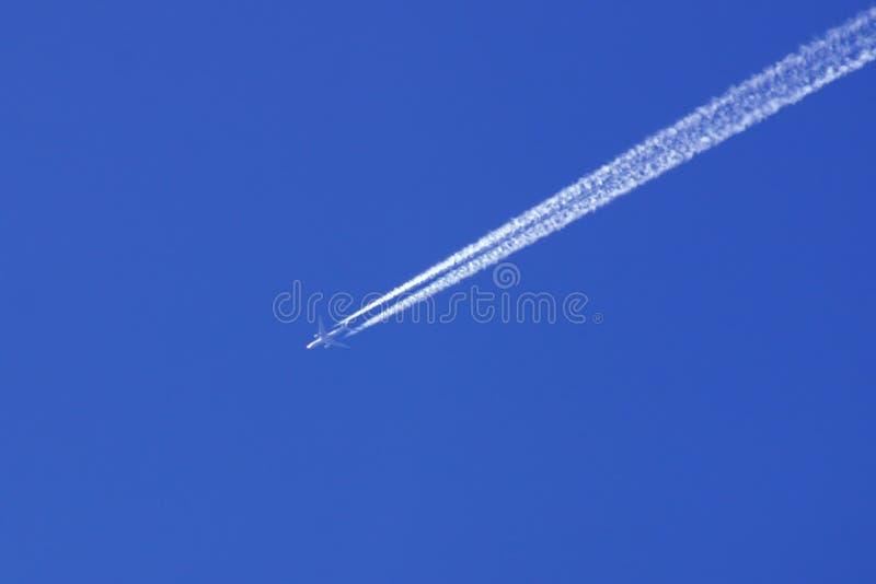 αεριωθούμενο αεροπλάνο στοκ εικόνες