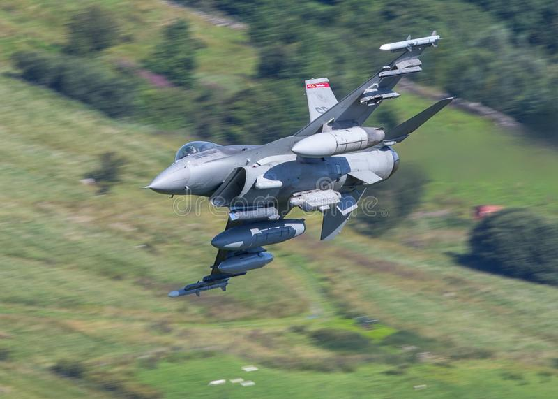 αεριωθούμενο αεροπλάνο F-16 στοκ φωτογραφίες με δικαίωμα ελεύθερης χρήσης