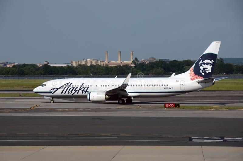 Αερογραμμές Boeing 737 της Αλάσκας αεριωθούμενο αεροπλάνο στοκ φωτογραφία με δικαίωμα ελεύθερης χρήσης