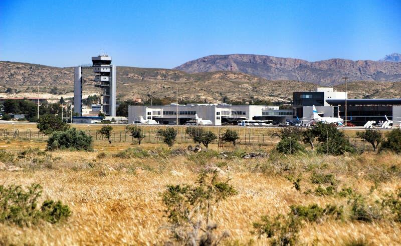 Αερολιμένας της Αλικάντε EL Altet σε μια ηλιόλουστη ημέρα της άνοιξης στοκ εικόνες