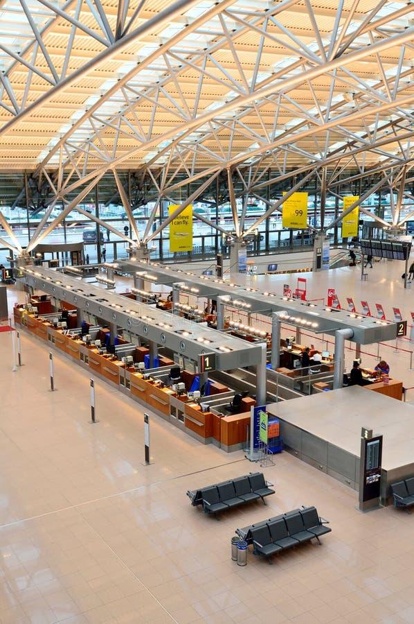 Αερολιμένας του Αμβούργο, τερματικό 1. Εισιτήρια γραφείων στοκ φωτογραφίες