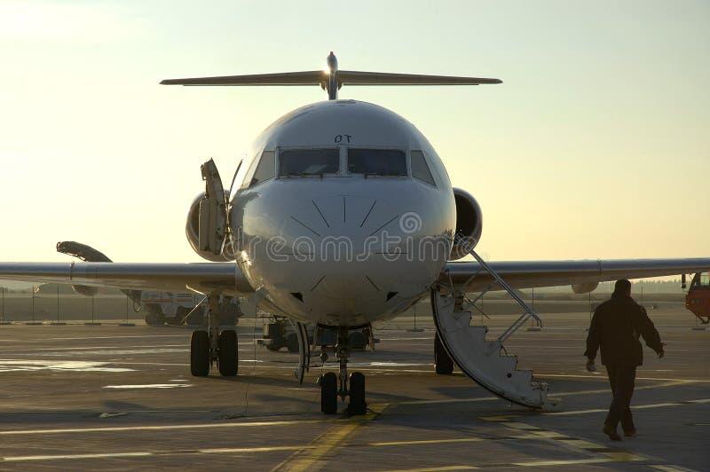 αερολιμένας 6 et αεροπλάνο στοκ φωτογραφία με δικαίωμα ελεύθερης χρήσης