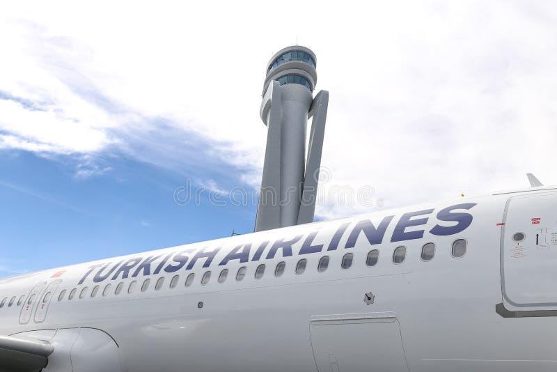 Αεροπλάνο της Turkish Airlines στο νέο αερολιμένα της Ιστανμπούλ στοκ φωτογραφία με δικαίωμα ελεύθερης χρήσης