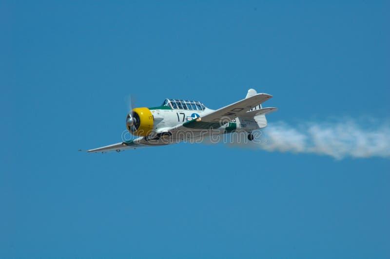 Αεροπλάνο ακροβατικής επίδειξης στοκ φωτογραφία με δικαίωμα ελεύθερης χρήσης