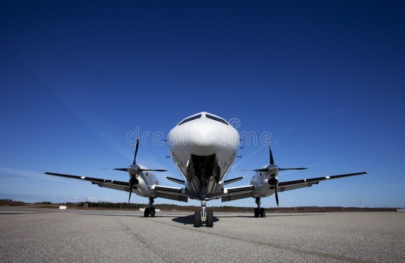 Αεροπλάνο στο έδαφος στοκ φωτογραφία με δικαίωμα ελεύθερης χρήσης