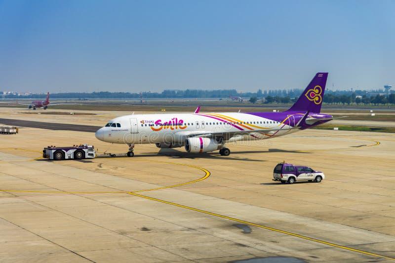 Αεροπλάνο του ταϊλανδικού χαμόγελου στοκ εικόνα