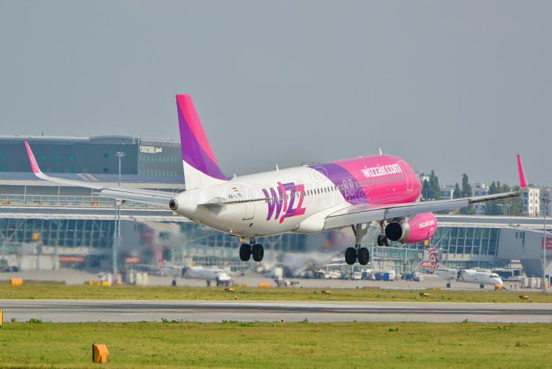 Αεροπλάνο Wizzair στοκ φωτογραφίες με δικαίωμα ελεύθερης χρήσης