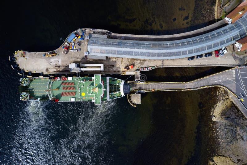 Αεροσυνοδεία άφιξης με φεριμπότ στο λιμάνι του Wemyss Bay Inverclyde Scotland στοκ φωτογραφίες με δικαίωμα ελεύθερης χρήσης