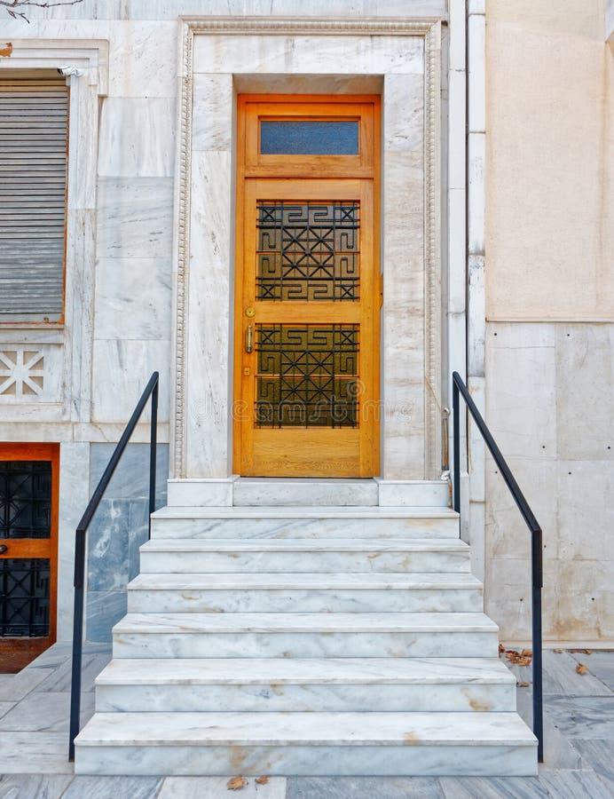 Αθήνα Ελλάδα, εκλεκτής ποιότητας είσοδος σπιτιών στοκ εικόνες