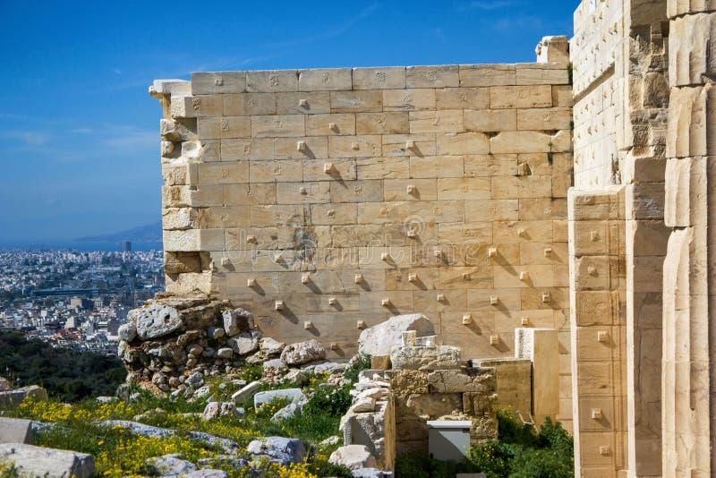 Αθήνα, Ελλάδα, λεπτομέρεια από τον αρχαίο τοίχο στην ακρόπολη στοκ εικόνες