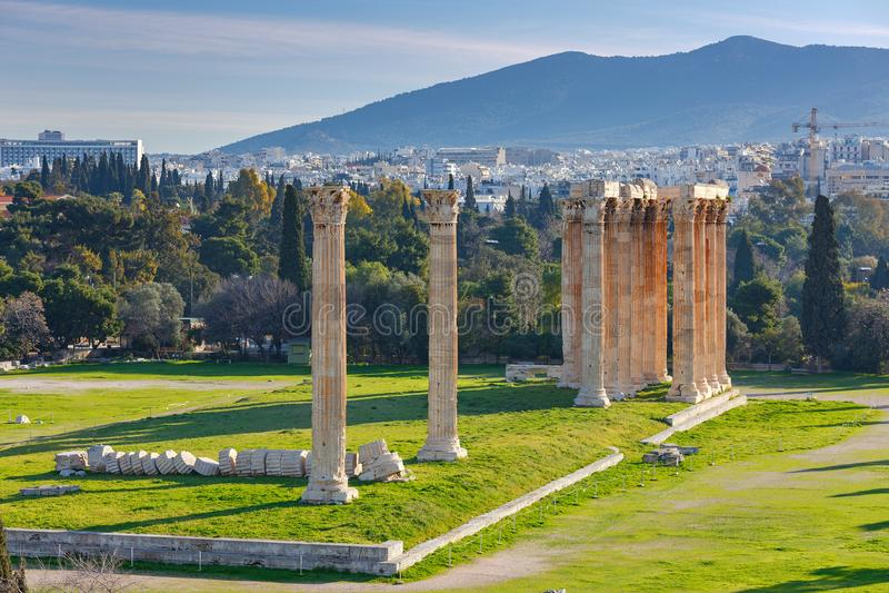 αθεϊσμού zeus ναών της Αθήνας στοκ φωτογραφία με δικαίωμα ελεύθερης χρήσης