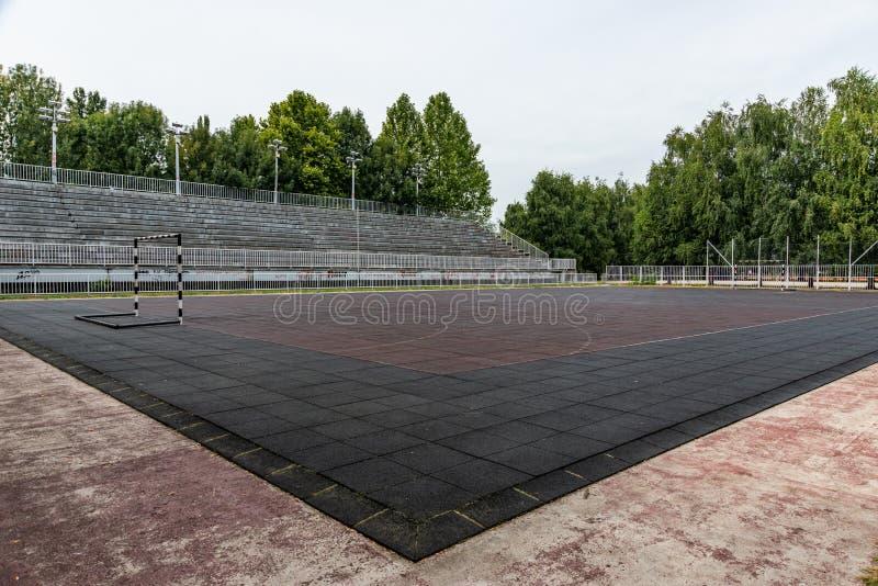 Αθλητικό Κέντρο `Jezero' στην Κινσί της Σερβίας Γήπεδο ποδοσφαίρου στοκ εικόνα με δικαίωμα ελεύθερης χρήσης