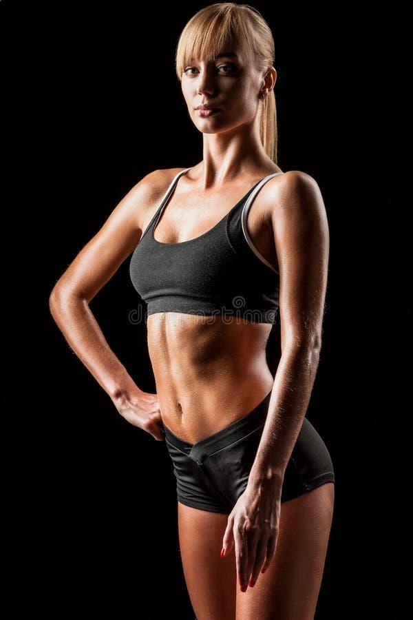 Αθλήτρια πέρα από το Μαύρο στοκ εικόνες