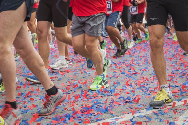 Αθλητές που συμμετέχουν σε Deejay οι Δέκα, τρέχοντας γεγονός που οργανώνεται από Deejay Radio στο Μιλάνο, Ιταλία στοκ εικόνες