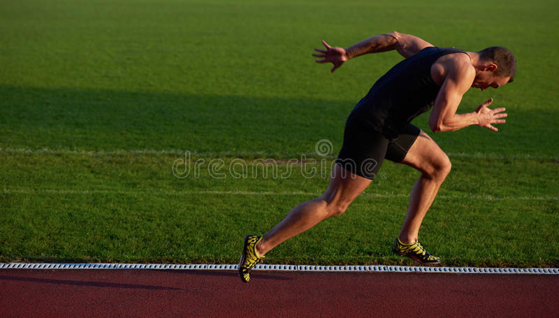 Αθλητική έναρξη ατόμων στοκ εικόνα με δικαίωμα ελεύθερης χρήσης