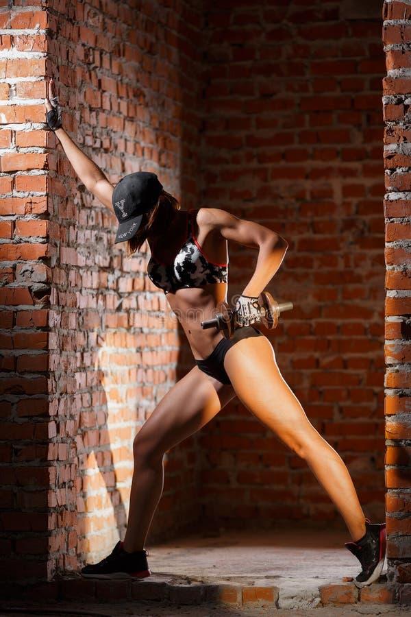 αθλητική προκλητική γυν&alph στοκ εικόνες με δικαίωμα ελεύθερης χρήσης