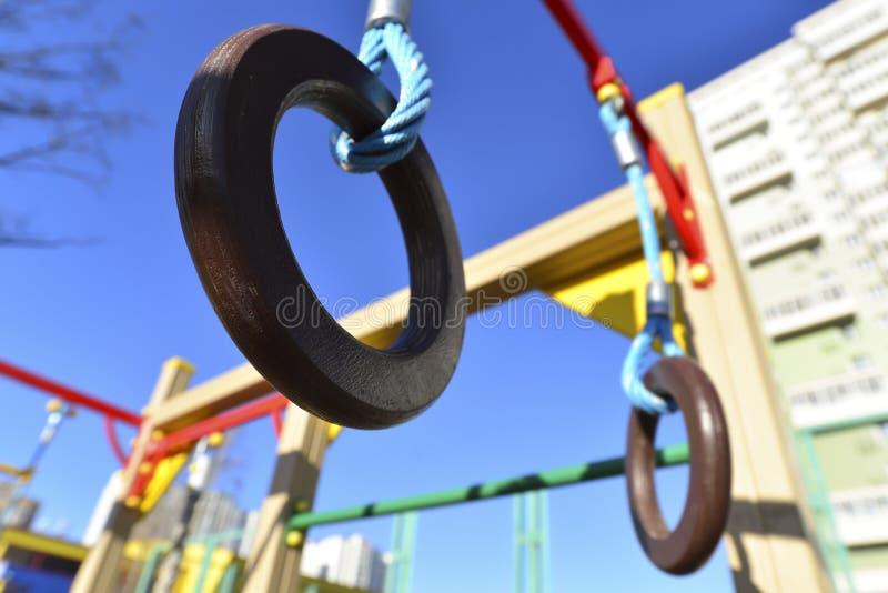 Αθλητισμός παιδιών σύνθετος υπαίθρια στοκ φωτογραφία με δικαίωμα ελεύθερης χρήσης