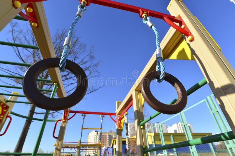 Αθλητισμός παιδιών σύνθετος υπαίθρια στοκ φωτογραφία