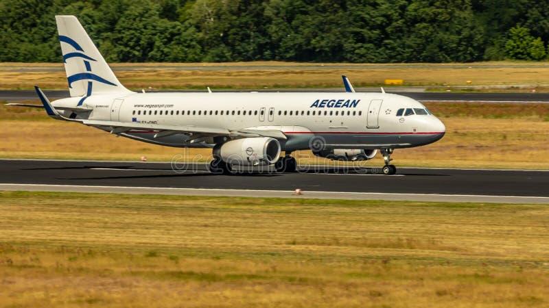 Αιγαίες αερογραμμές, airbus A320, αεροσκάφη στοκ εικόνες