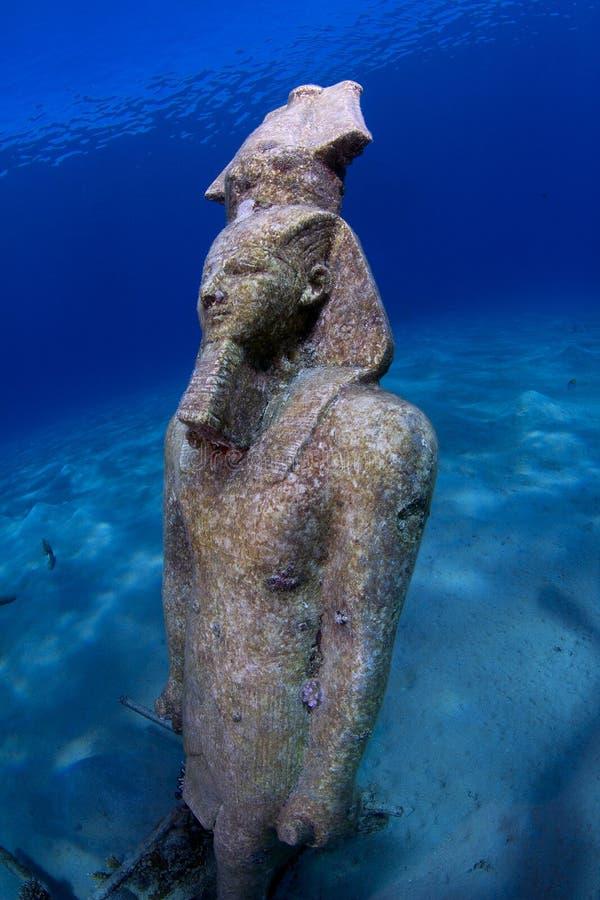 Αιγυπτιακό άγαλμα Ramses βασιλιάδων υποβρύχιο στοκ εικόνες