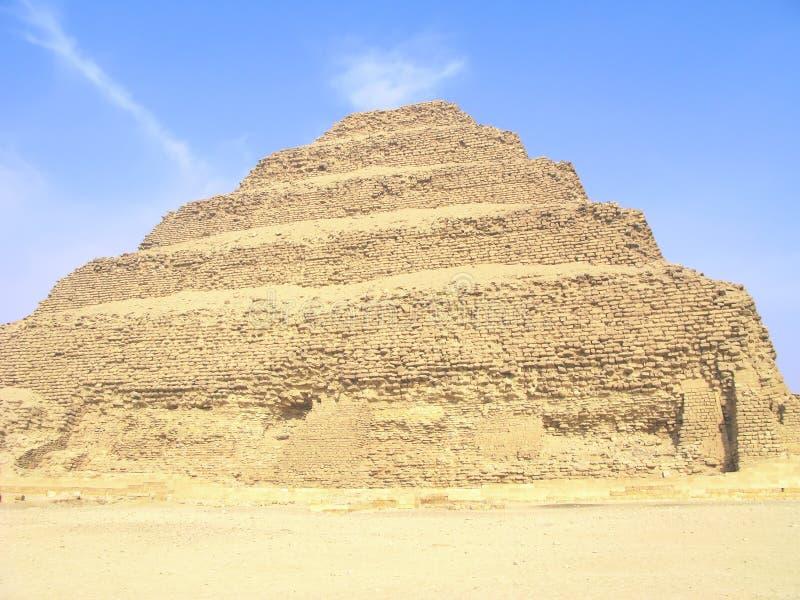 αιγυπτιακό βήμα πυραμίδων στοκ φωτογραφία με δικαίωμα ελεύθερης χρήσης