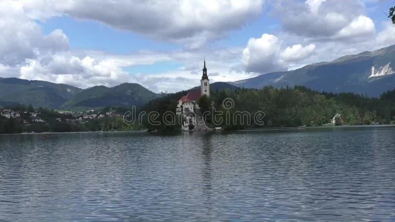 Αιμορραγημένη λίμνη στη Σλοβενία 134725 απόθεμα βίντεο