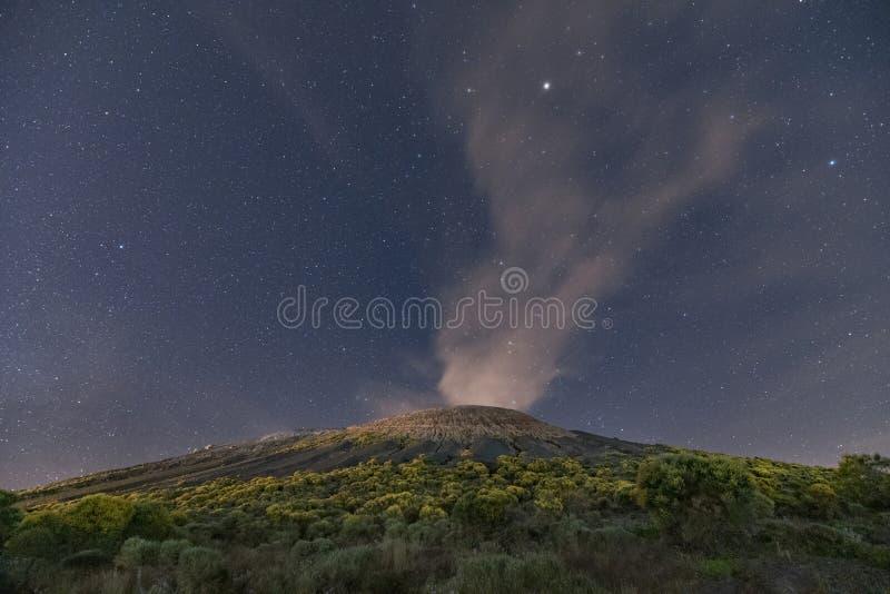 Αιολικός έναστρος ουρανός νησιών στοκ εικόνες