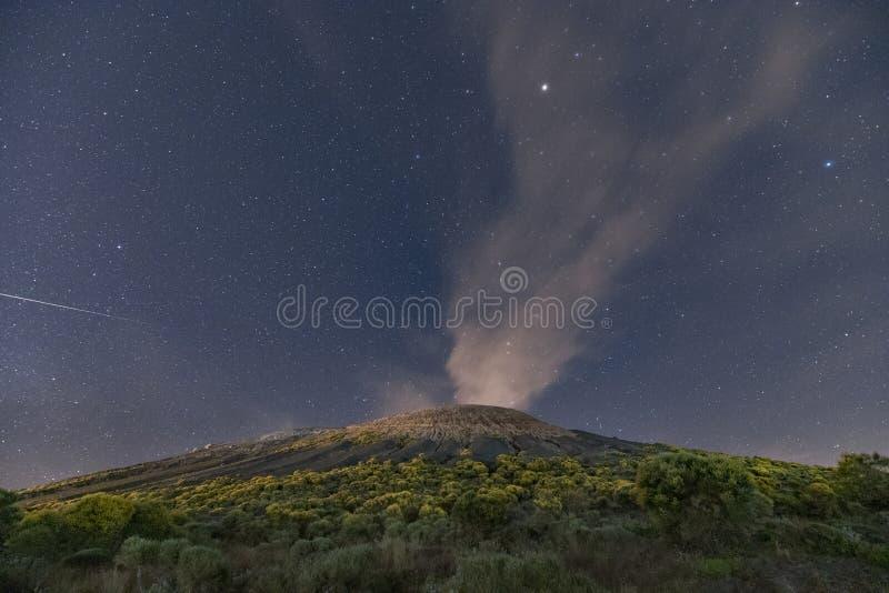 Αιολικός έναστρος ουρανός νησιών στοκ φωτογραφία