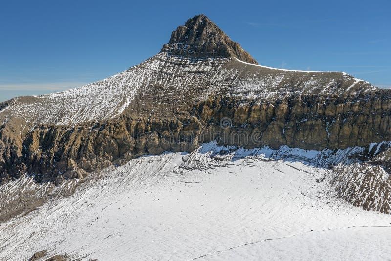 Αιχμή του βουνού Oldenhorn στις δυτικές Άλπεις Bernese στην Ελβετία στοκ φωτογραφία με δικαίωμα ελεύθερης χρήσης