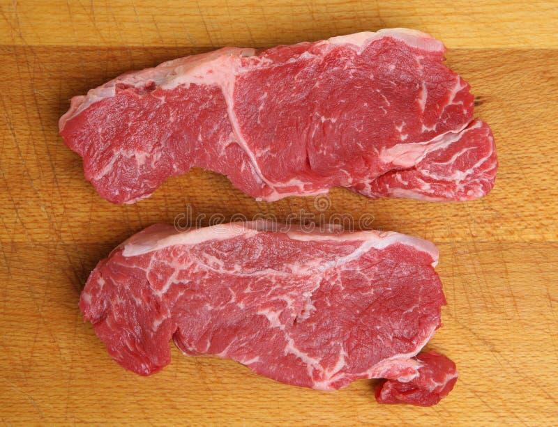 Ακατέργαστες μπριζόλες βόειου κρέατος κόντρων φιλέτο στοκ φωτογραφία με δικαίωμα ελεύθερης χρήσης
