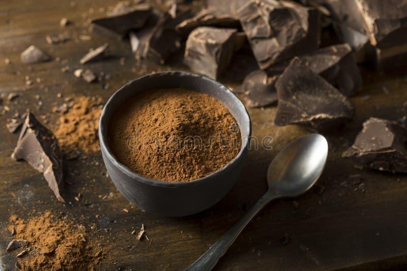 Ακατέργαστη οργανική σκοτεινή σκόνη κακάου σοκολάτας στοκ φωτογραφία με δικαίωμα ελεύθερης χρήσης